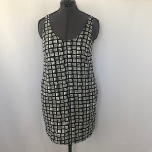 Old Navy Black & White Tank Dress With Pockets